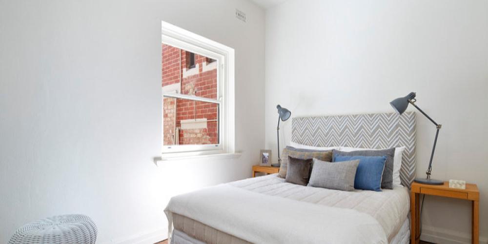 valdemars-house-interior-painting-elwood-2lrg.jpg