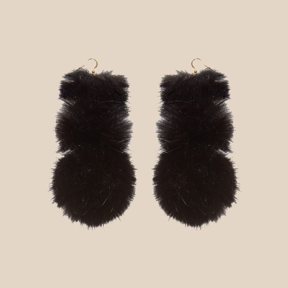 Noir Puss Puss Earrings