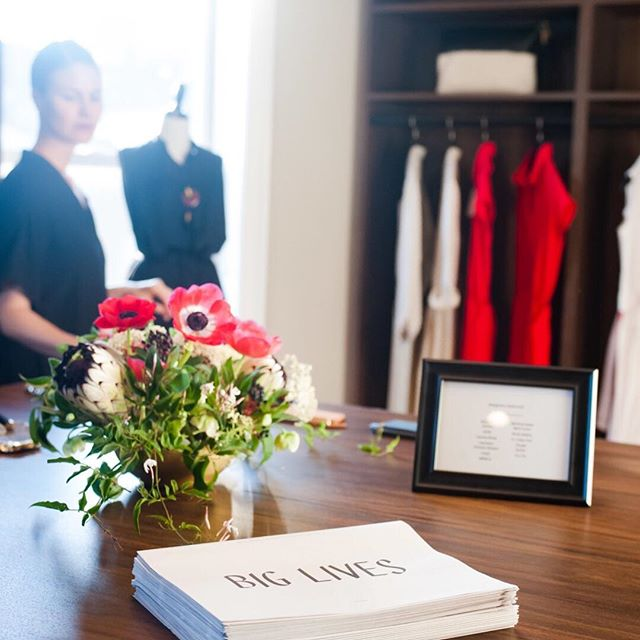 Throwback to one of our first events with our friends @shopbiglives.  Such a fun fashion night out! . . . . #inspiredbynature #designedinbrooklyn #flowerstagram #flowersofinstagram #flowers #nyrealestate #staging #gifting #staginghomes #floraldesigner #events #nyflorist #nystaging #realestate