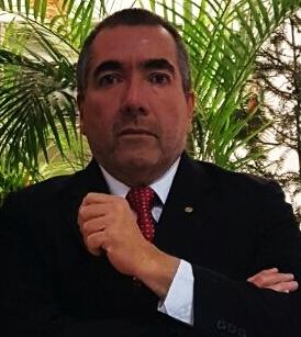 JUAN ALBERTO CASTAÑEDA - Magister en Gerencia Educativa y en Política