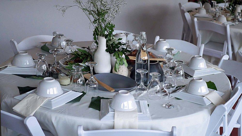 The full table setup