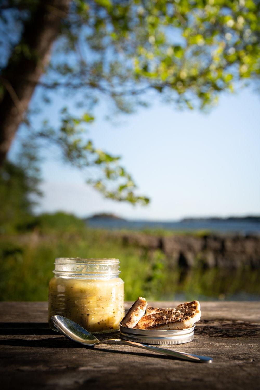 Sophie_Dorn_Blog_Midsummer_Picnic_By_The_Sea_Seaside_Dinner_Ducks_Lakelands_Helsinki_Finland_Vuosaari_Skatanniemi_ (5 of 6).jpg
