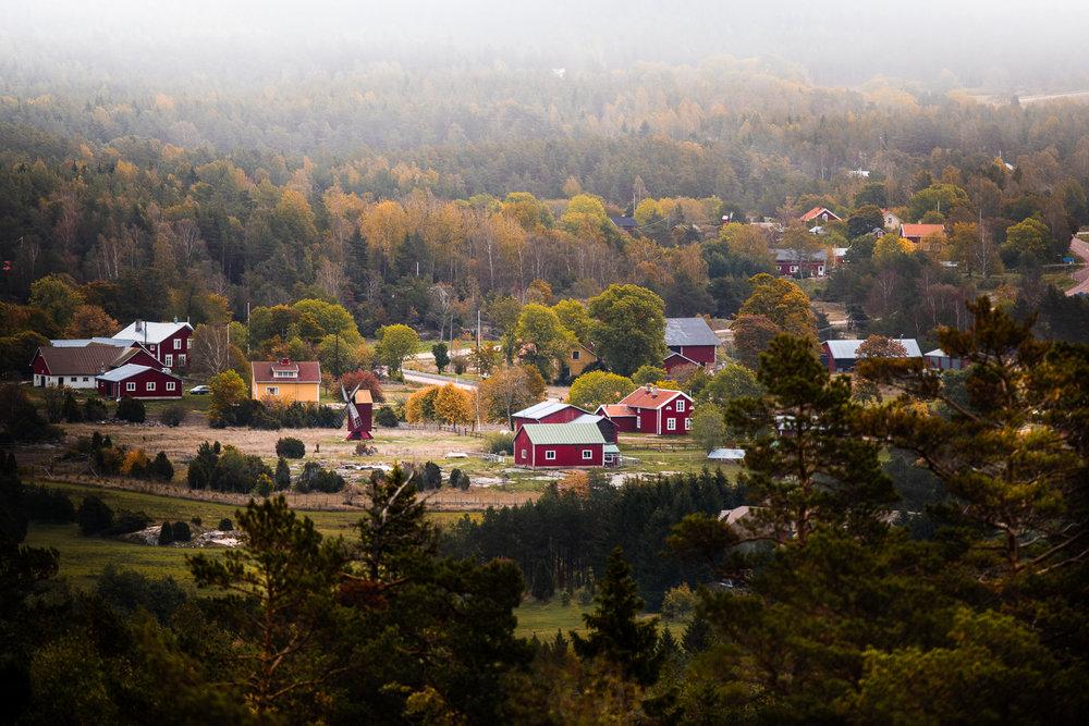 Sophie Dorn - Photography Journal - Åland Islands - Finland - Autumn Ruska Falun Red (23 of 34).jpg
