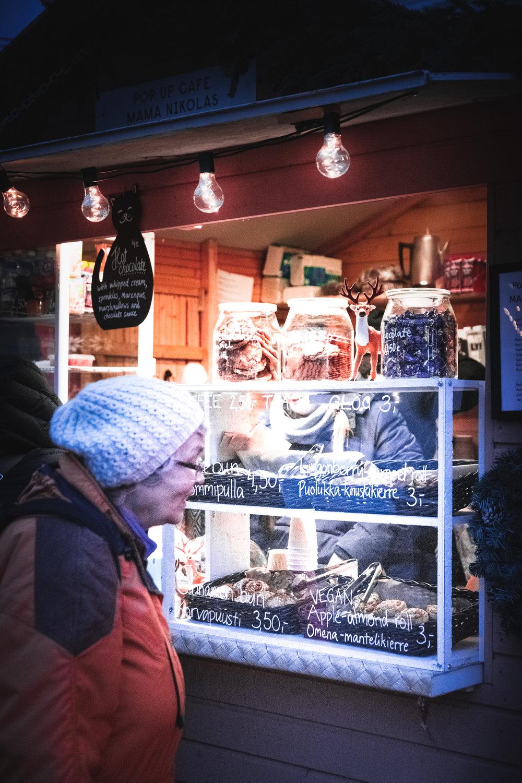 Sophie Dorn - Tuomaan Markkinat Christmas Market Helsinki Finland Joulu (21 of 36).jpg