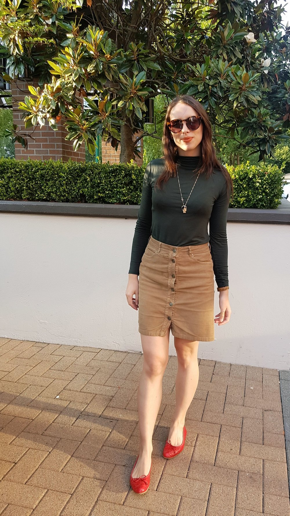 WEDNESDAY - Dynamite turtleneck, Zara corduroy skirt & flats*My fave outfit of the week!