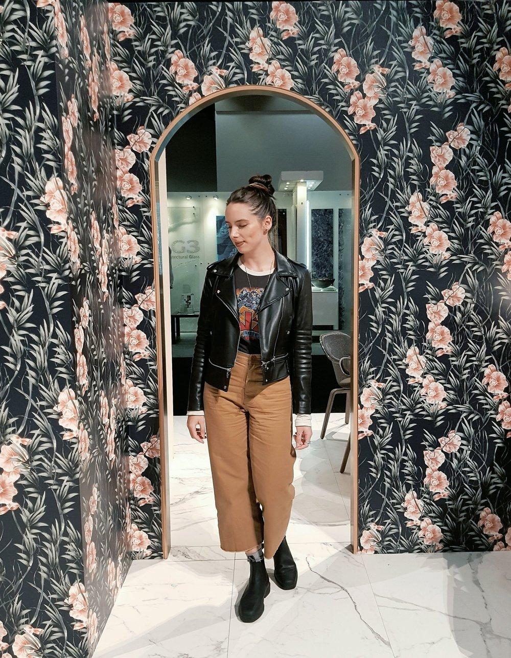 FRIDAY - Trunk LTD second-hand shirt, Zara jacket, Aritzia Community pants, Blundstone boots