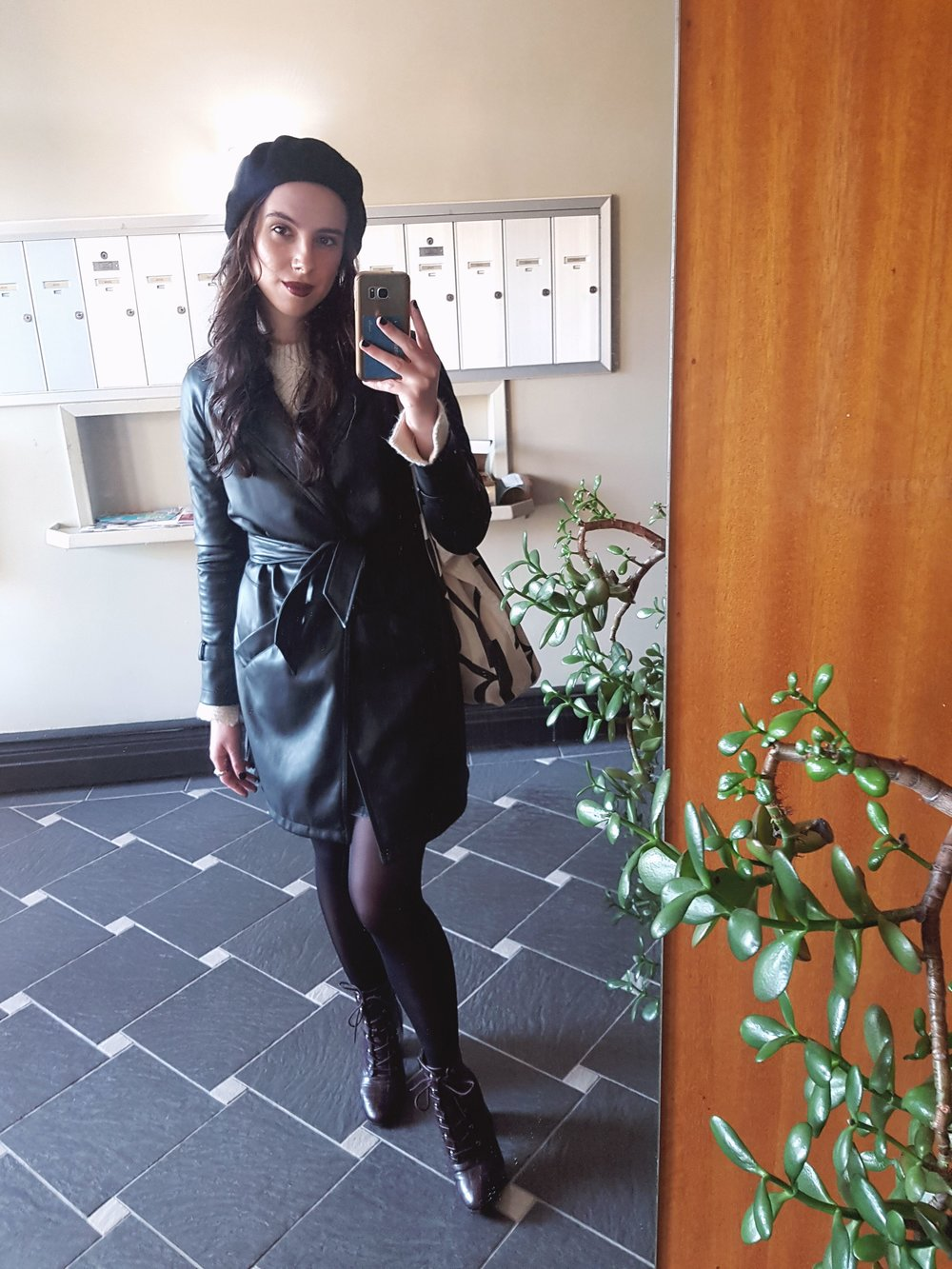 FRIDAY - H&M sweater, Little Burgundy beret, Dynamite trenchcoat, Forever21 boots