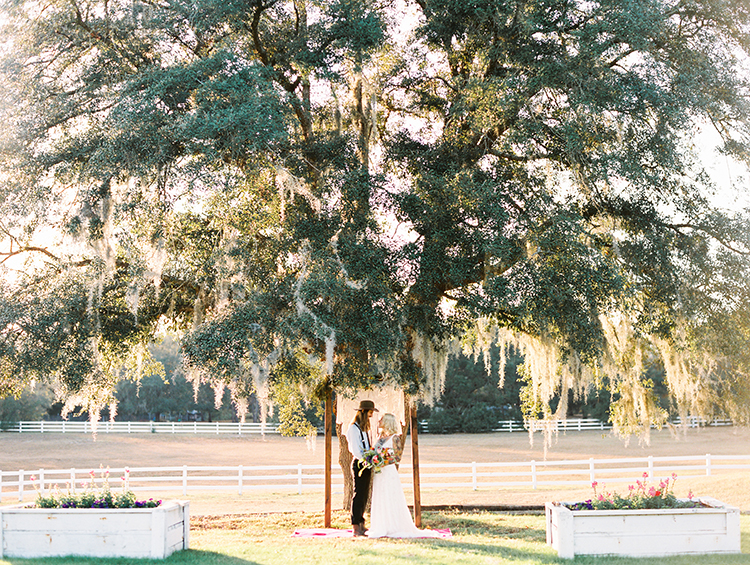 vibrant-southern-bohemian-wedding-inspiration-24.jpg