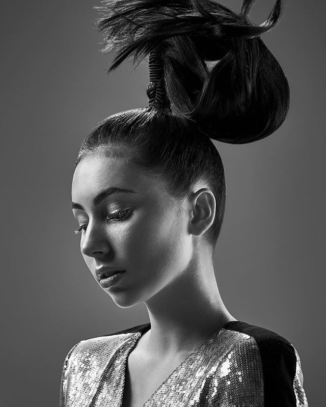 Love doing an artistic shoot and being inspired by creative individuals 🎨 #hairfashion