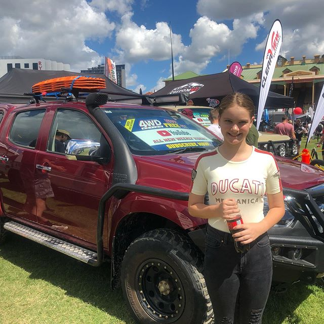 A day at the 4x4 show (Brisbane show grounds).