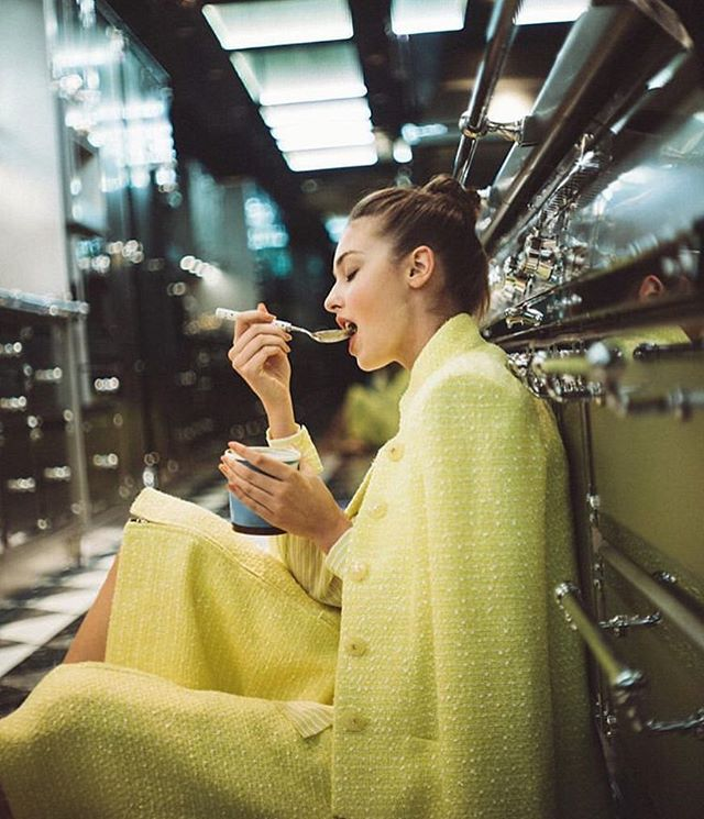 Favourite kind of shoot 🍨  #chanel #kitchen #food #midnightsnack #snack #yellow #icecream #greentea #greenteaicecream  #model #internationalmodel #Australian #Hongkong #Australianinhongkong