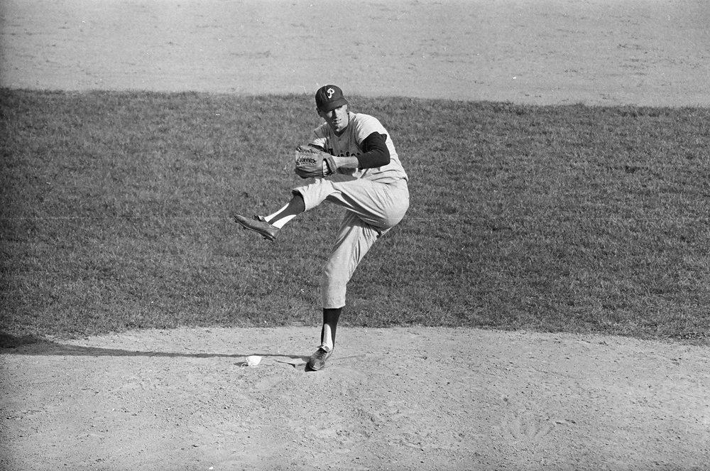 The late Hall of Fame pitcher and U.S. Senator Jim Bunning (Kentucky) was an invaluable interview for the book, because in 1956-57 he was a Cuban Winter League teammate of the great Minnie Minoso, the idol of then 14-year-old Tony Perez.