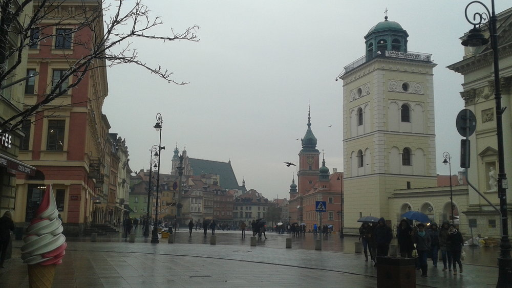 Warsaw old town outskirts.jpg