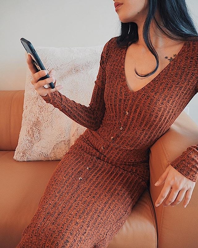 Always fun to try out a new style. Love the fit of this slim maxi dress. ✨ . . . http://liketk.it/2yMsi . . .  #wardrobe #clothing #ootd #fashionblogger #styleoftheday #fblogger #fbloggers #style #fashionblog #styleblogger #whatiwore #outfitinspiration #stylegram #fashionbloggers #fashionaddict #fashiondiaries #urbanstyle #urbanfashion #streetwear #streetfashion #urbanwear #bestofstreetwear #streetwearfashion #trueoutfit #lookoftheday #ipreview @preview.app