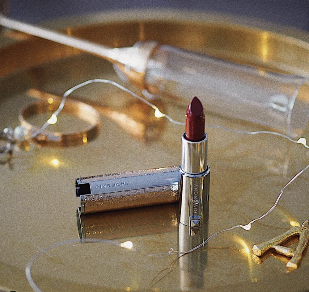 Givenchy  * Limited Edition Lipstick *  Sponsored post with Givenchy  * click on the photo to see original post