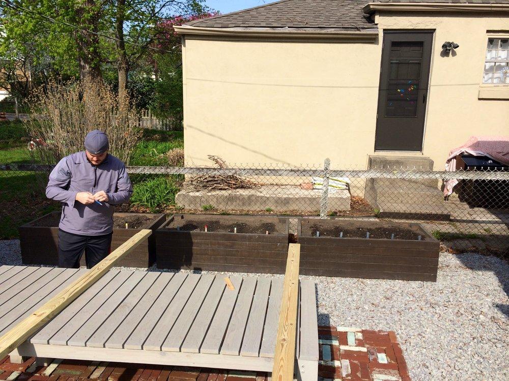 howto build a garden cage