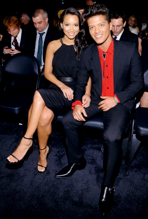 jessica caban bruno mars at the grammys