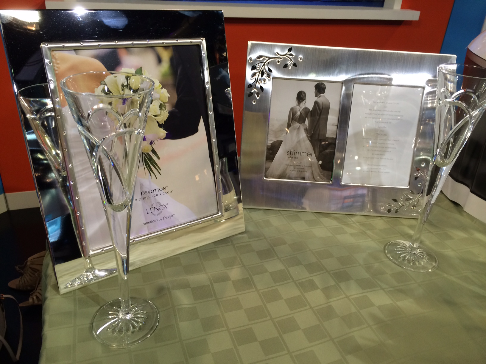 wedding frame and flutes