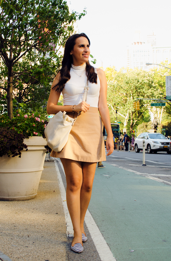 white top and camel skirt fashion blogger