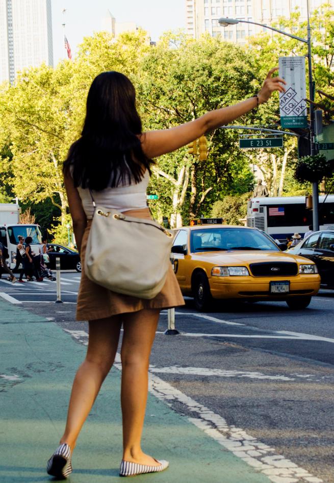 nyc taxi fashion blogger
