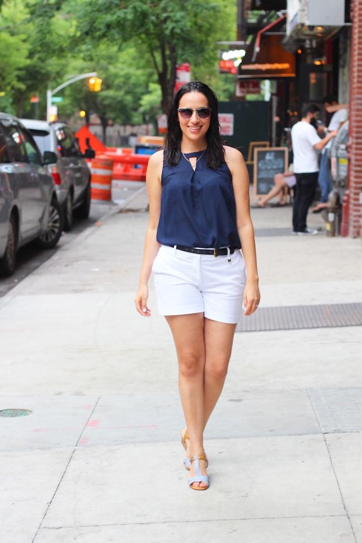 white shorts street style