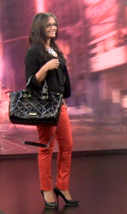 red jeans univision
