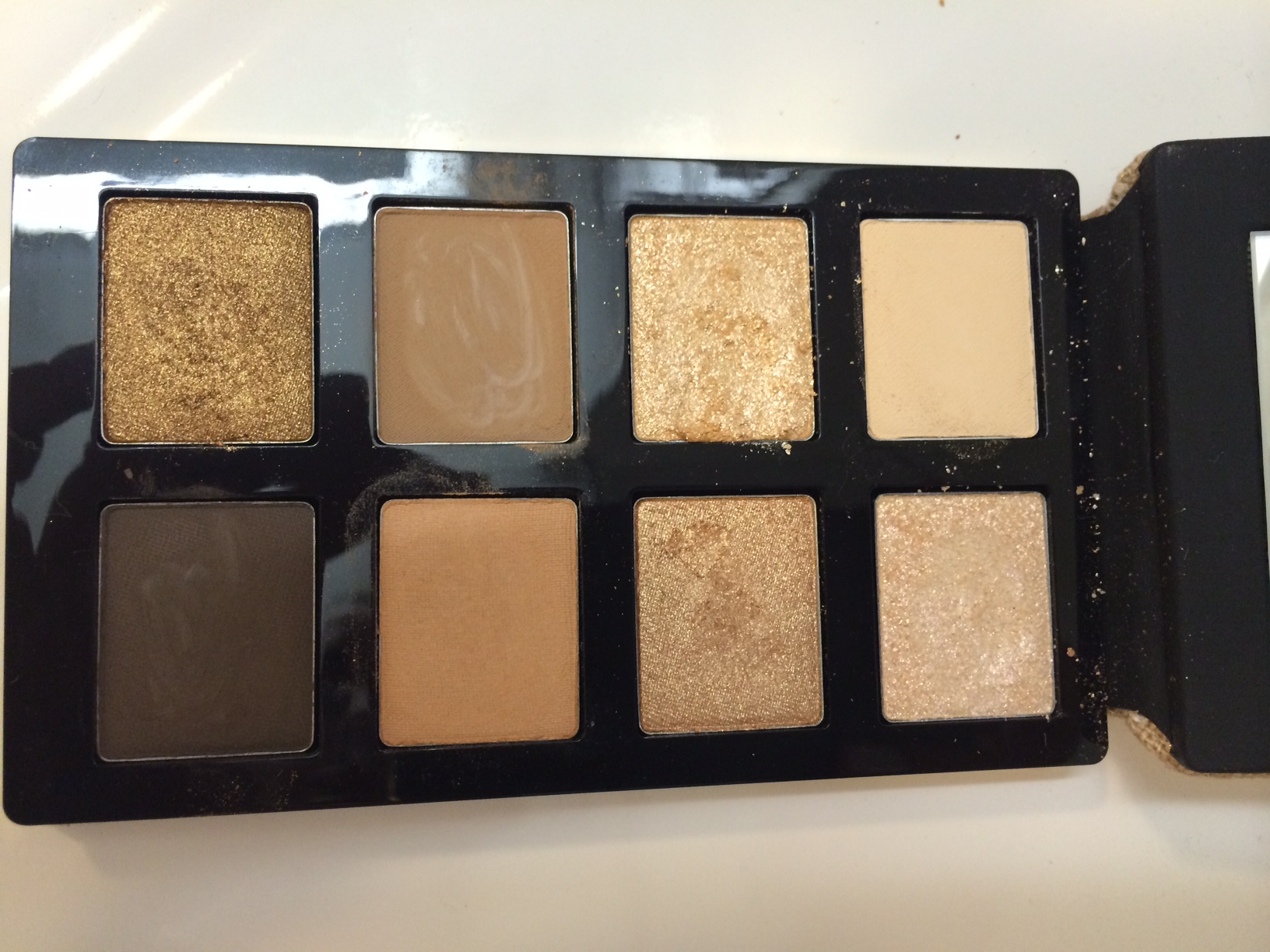 surf and sand eye shadow palette