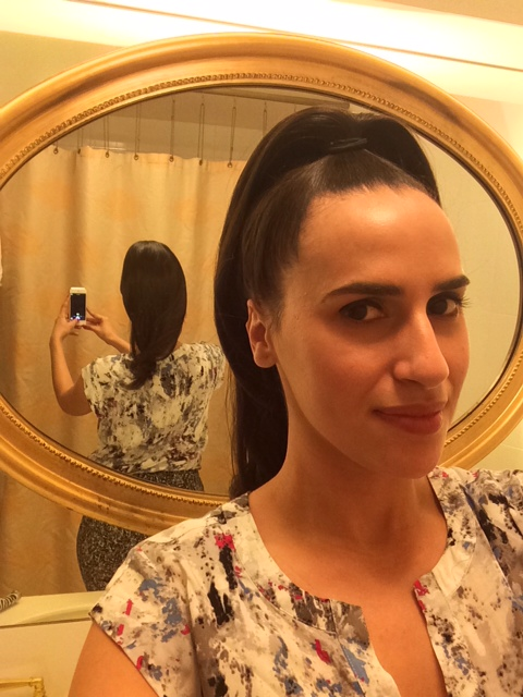 high ponytail beauty blogger