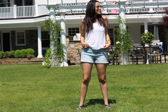 white tee and shorts summer trends