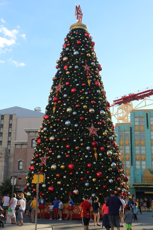 christmas universal studios holiday florida.JPG