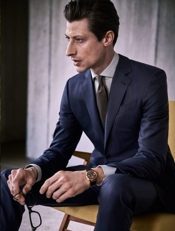 personalisation-of-business-suits-for-men_2.Full@2-600x794.jpg