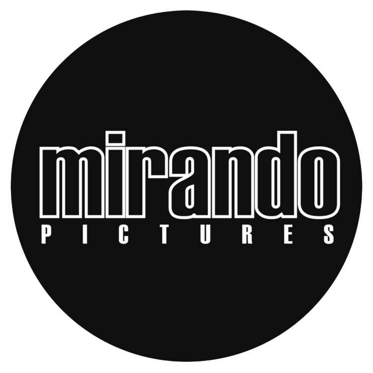 Mirando Pictures - Peyoteros Documentary Film