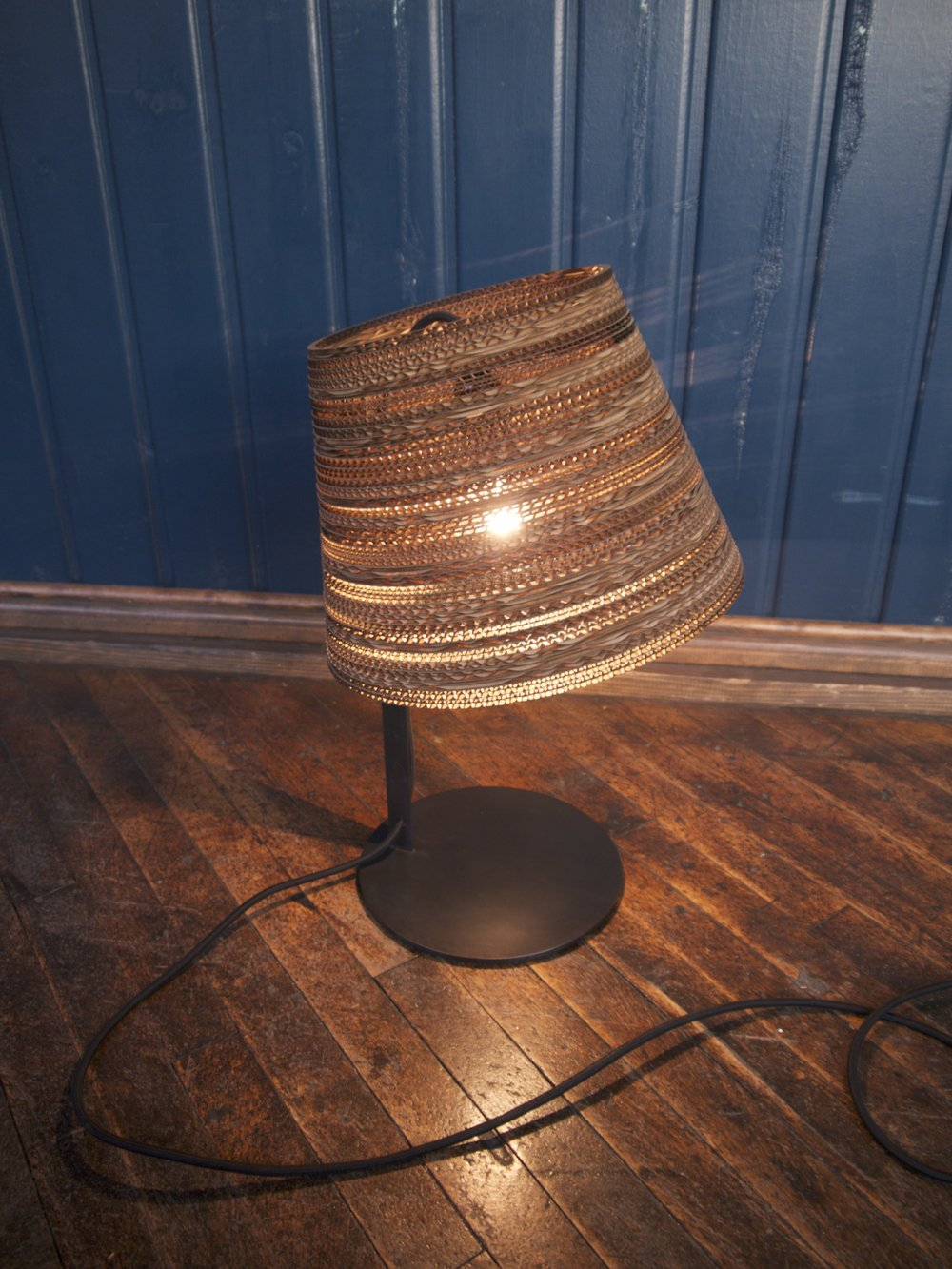 Graypants table lamp