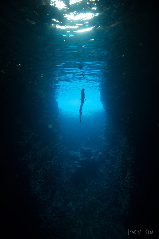 silhouette-cave-dive-dark-tonga.jpg