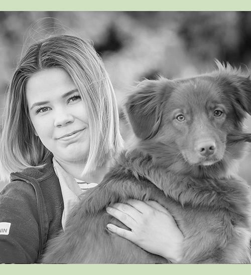 Mia Laurila  Djurskötare Språk: finska, engelska
