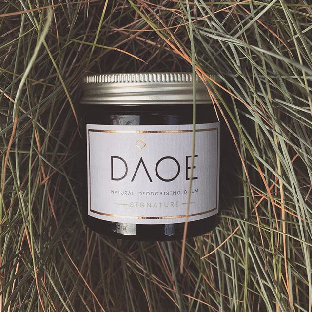 Something fragrant this way comes..... BIG NEWS - Daoe will be available to order online for Christmas 🎄🎄🎄🎄 We will be accepting orders from this weekend! Stay tuned for more details . . . . #daoe #daoecosmetics #christmas2018 #giftideas #naturalgifts #naturaldeodorant #naturalbeauty #homemade #🎄🎁