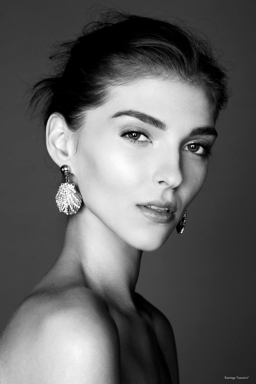 Earrings by  laruicci