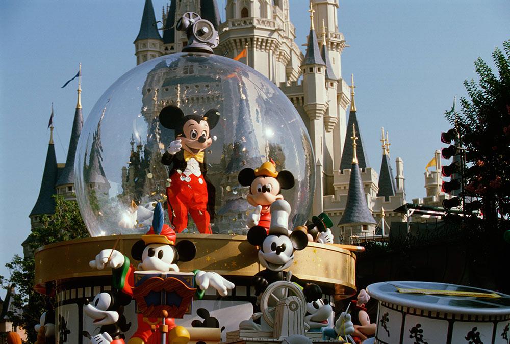 Share a Dream Come True Parade - Magic Kingdom, FL