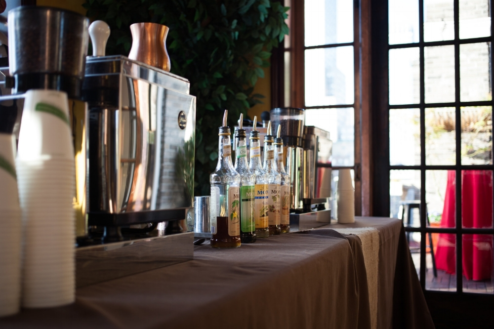 Barista catering - We bring a fully functioning, self-contained espresso, coffee, and tea bar to you.