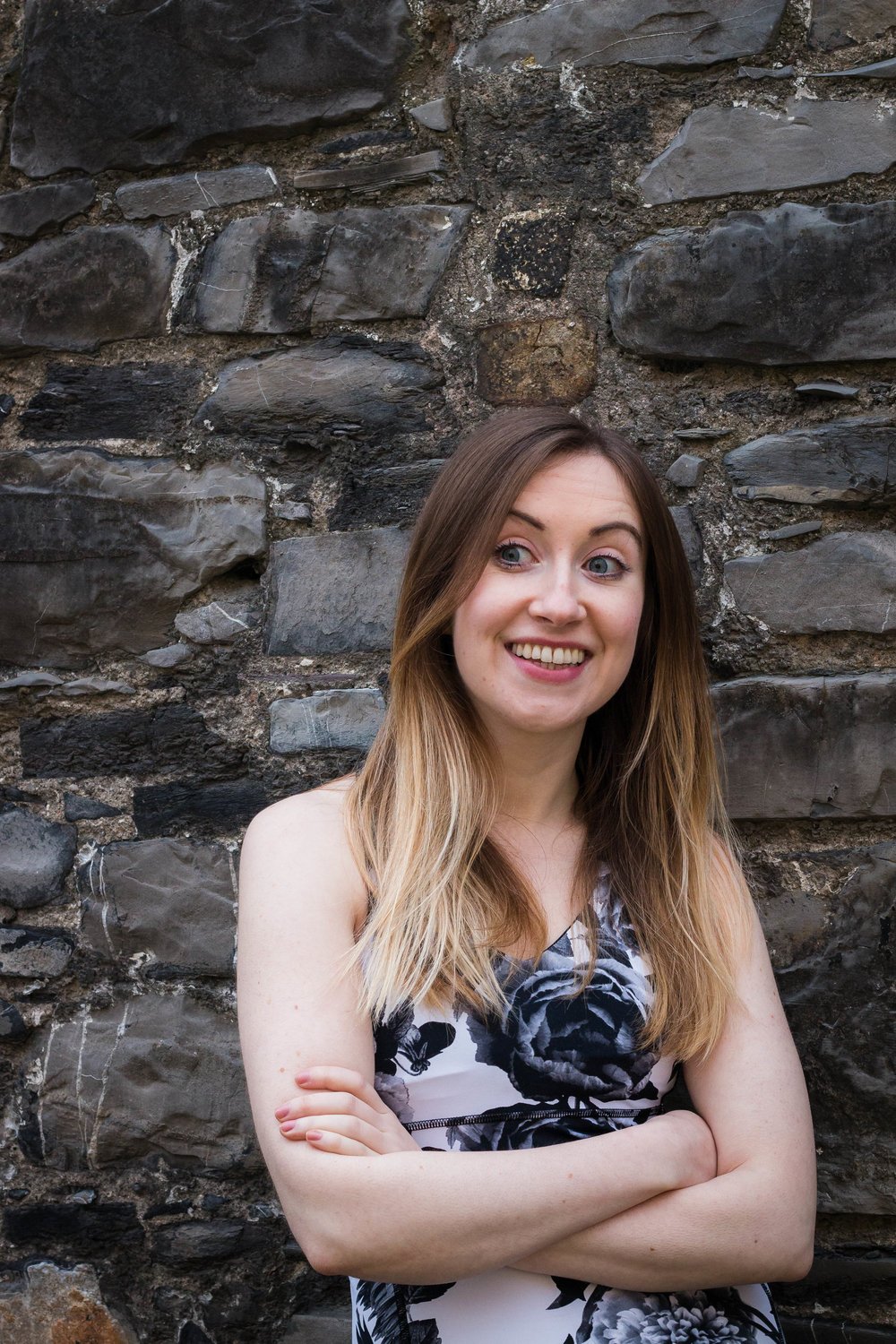 Eimear Beardmore   Educator, yoga teacher and mover. From the Dublin mountains Eimear draws on the practice of yoga to cultivate balance in every facet of life, yin and yang.  Trained in vinyasa, hatha and yin she teaches a flowing and expansive vinyasa practice grounded in organic movement. Her yin style is one of self-inquiry, fostering ease in body and mind.
