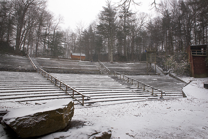 stage, snow, 1.jpg