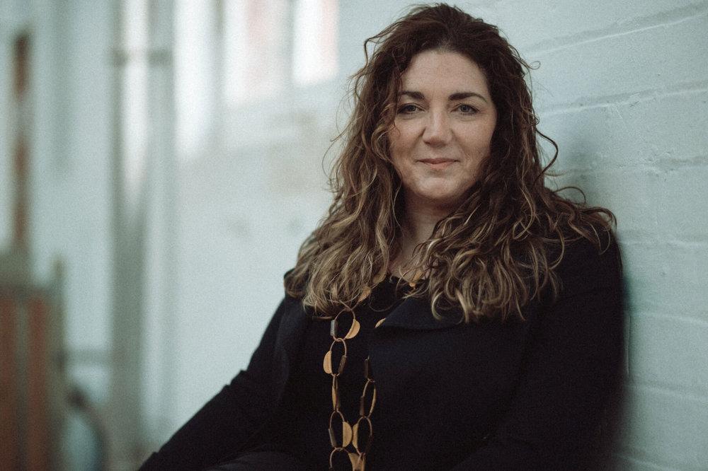 Sara-Colman-what-we're-made-of-album-jazz-singer-songwriter-sitting-uk.jpg