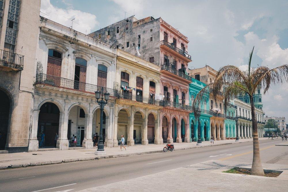 24 Hours in Havana, Cuba - Where to eat, sleep, drink + play.