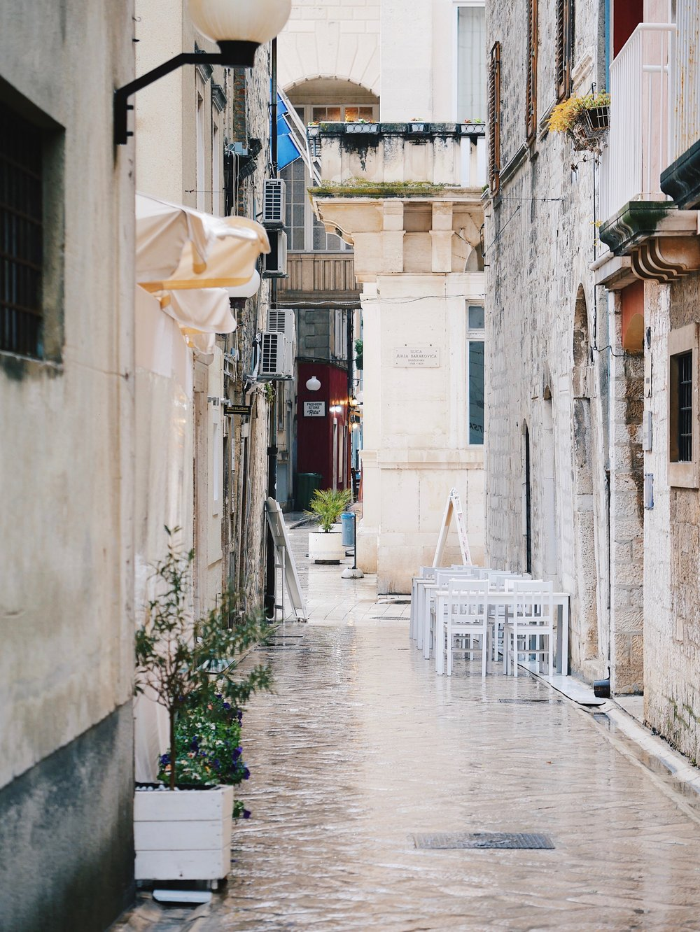 Restaurant Review: Nautika, Dubrovnik - Situated on the very ofter of the sea, alongside the western entrance of the Old City, this enchanting eatery will steal your heart.