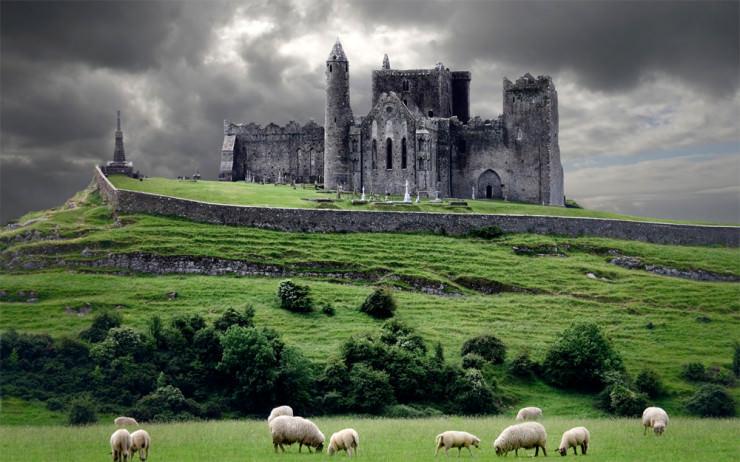 The Rock of Cashel, County Tipperary, Ireland.jpg