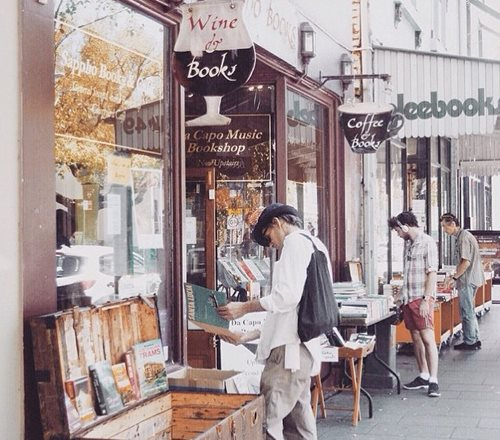 sappho-books-tapas-and-wine-bar-glebe-cafes-1347-938x704.jpg