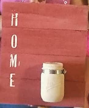 home vase sign.jpg