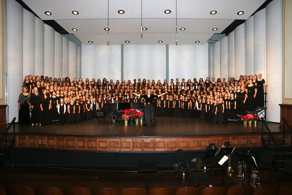 Full Choir Christmas Concert 2017.jpg
