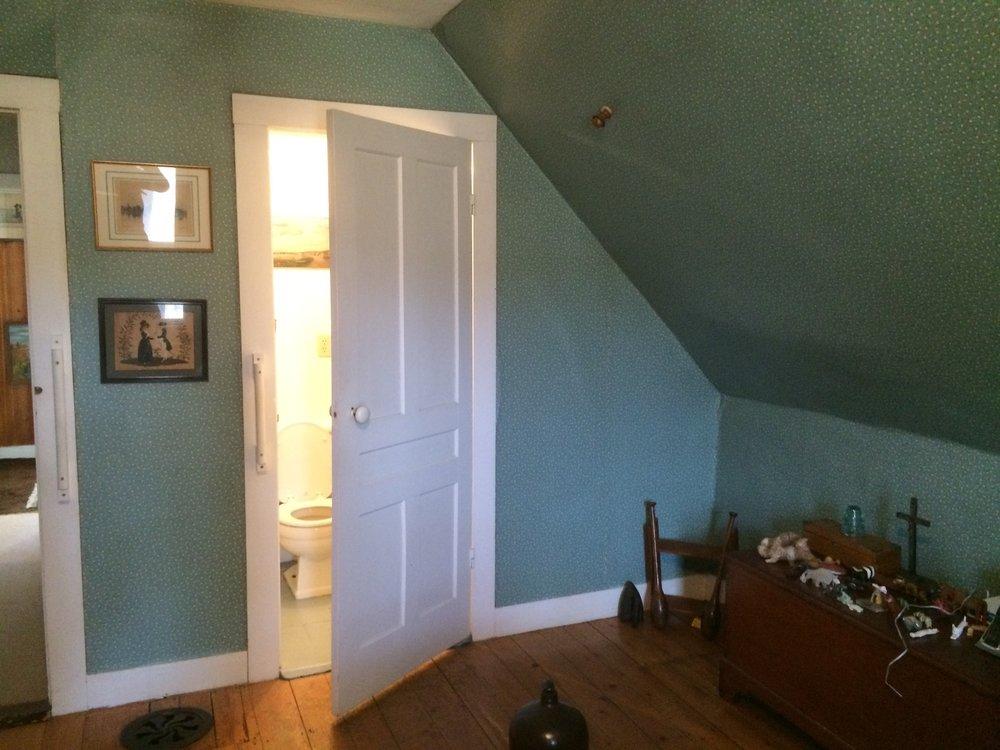 Master Bedroom Before 4.jpg