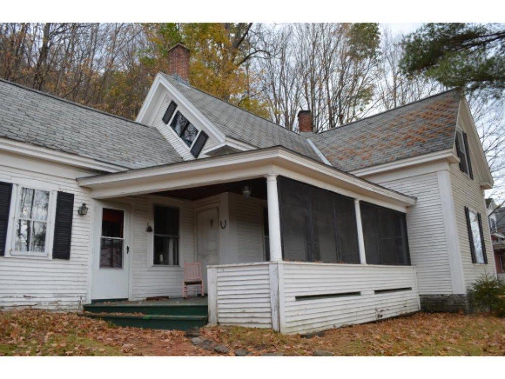 Exterior House Before.jpg